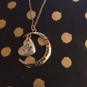 Jewelry - I love you to the 🌙 and back necklace